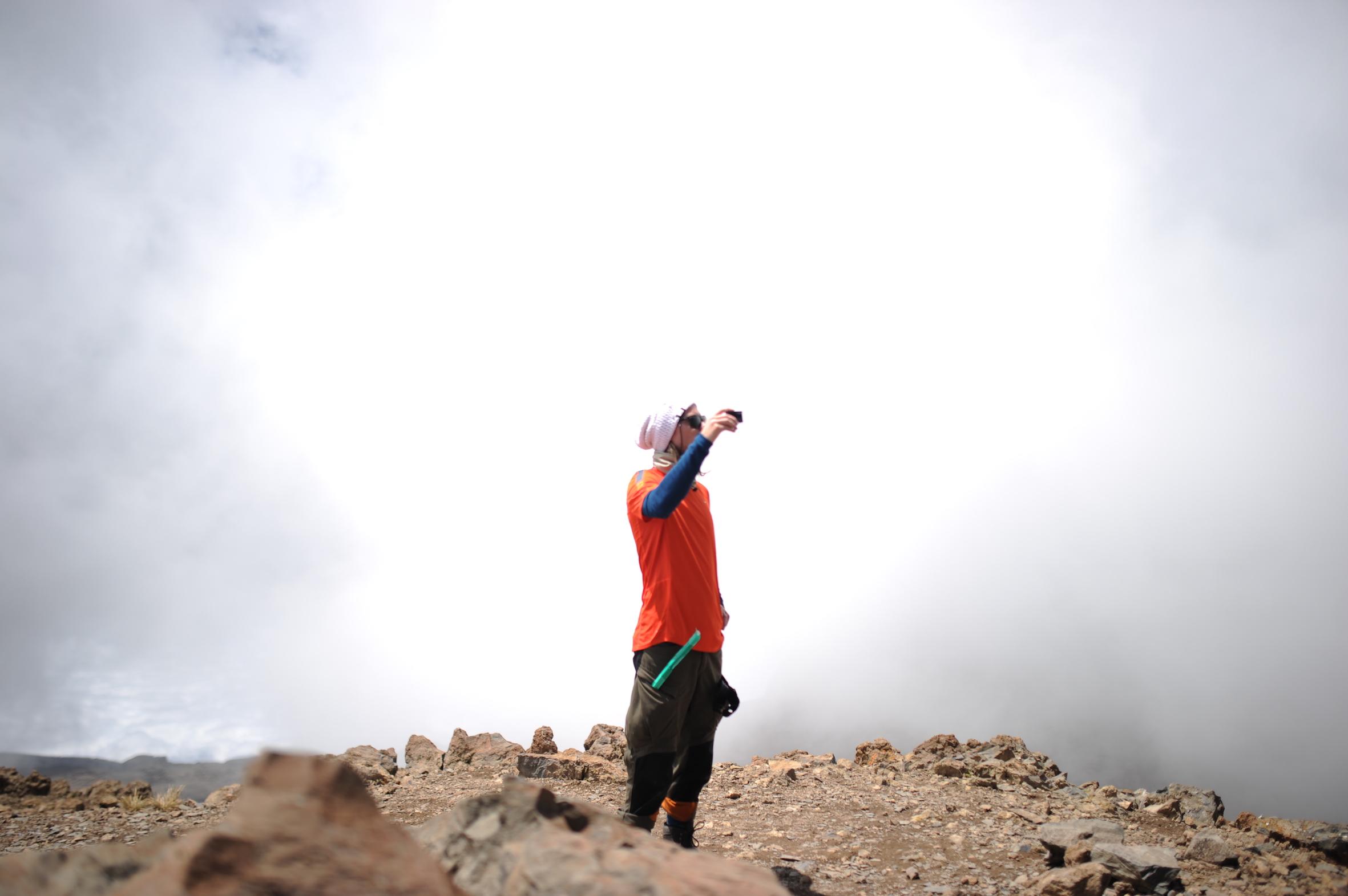 kilimanjaro-ovanfor-molnen